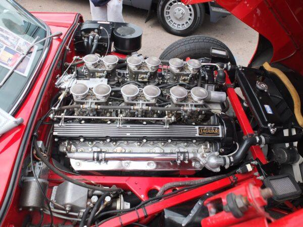 12-cylinder
